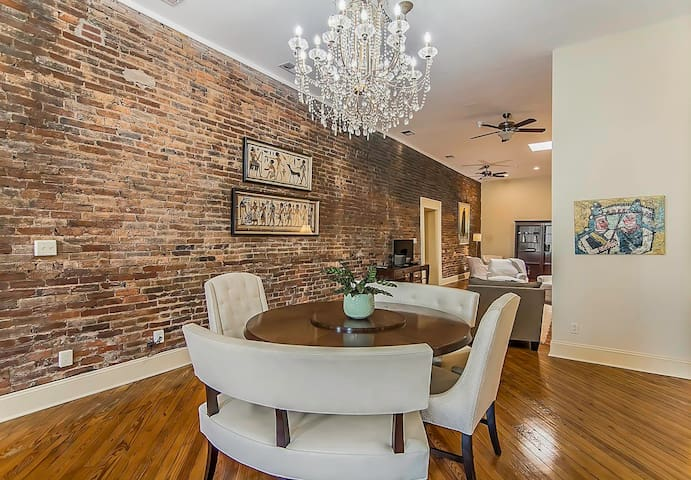City Loft-style apartment in Downtown Spartanburg