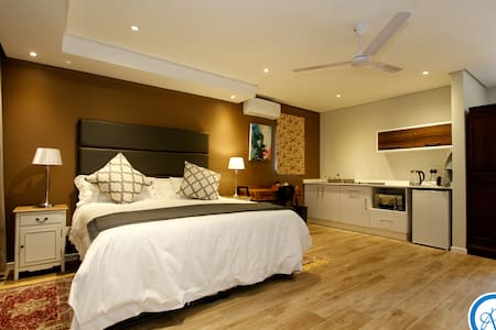 Luxury self catering accommodation in Umhlanga - Umhlanga