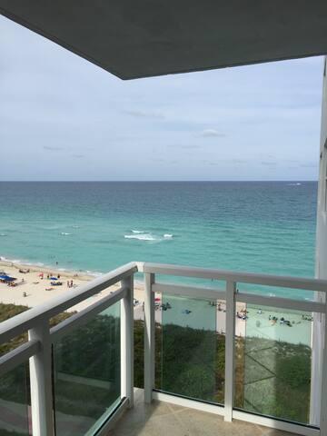 North Miami Beach Oceanfront Condo