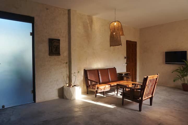 Fancy Apt In Old Villa At S21-Kitchen/Balcony