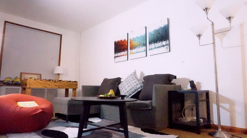 South Philly TownHouse 2B/1B, Free Street Parking