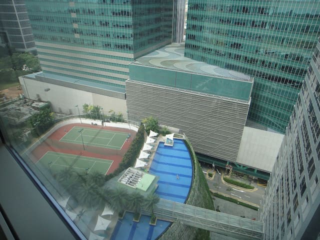 Option 3 - pool view frm the rm windows