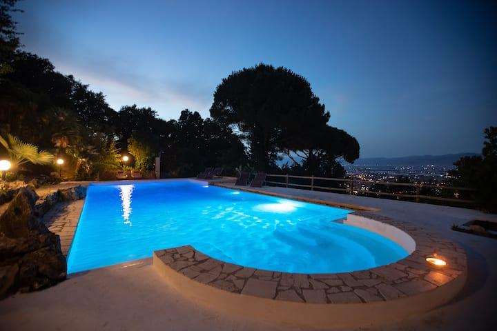 Panoramic Villa in Circeo