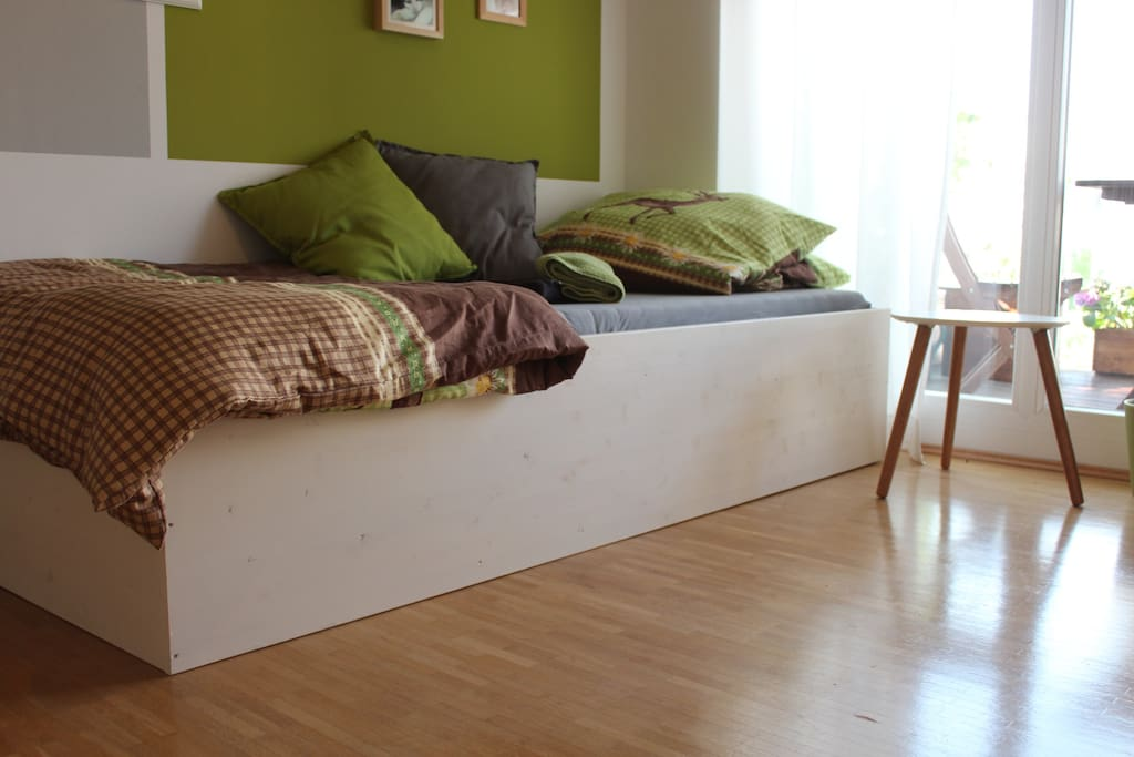 single-bed option (more space to live)