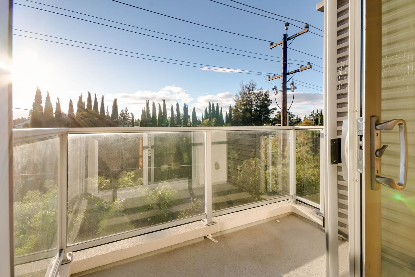 3BR Home in Menlo Park with Patio and Yard