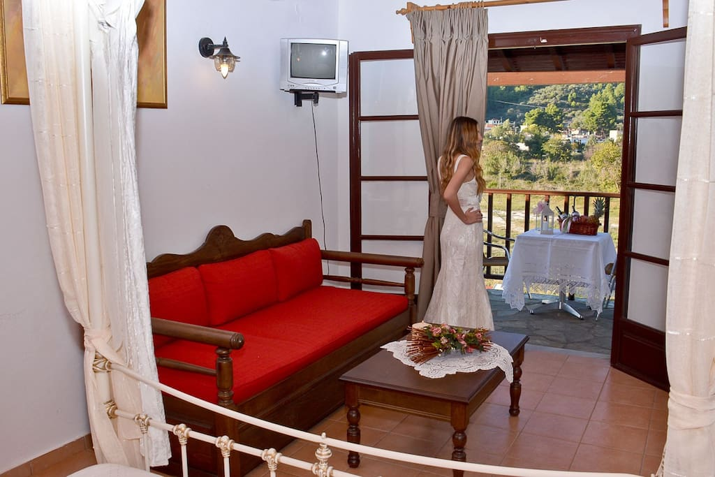 Beautifully, decorated , romantic apartment with modern style which it opens out to a private balcony with sea view,