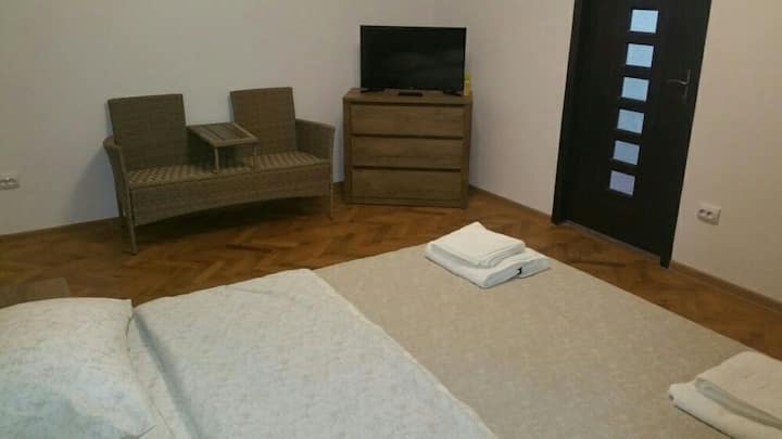 New fresh modern apartment 2 bedrooms  and 4 beds