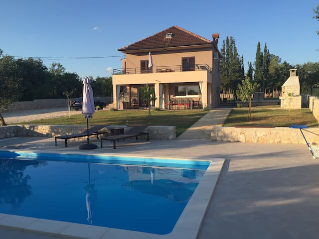[NEW!] Villa Nar - Holiday Home near Zadar - Galovac/Zadar - Villa