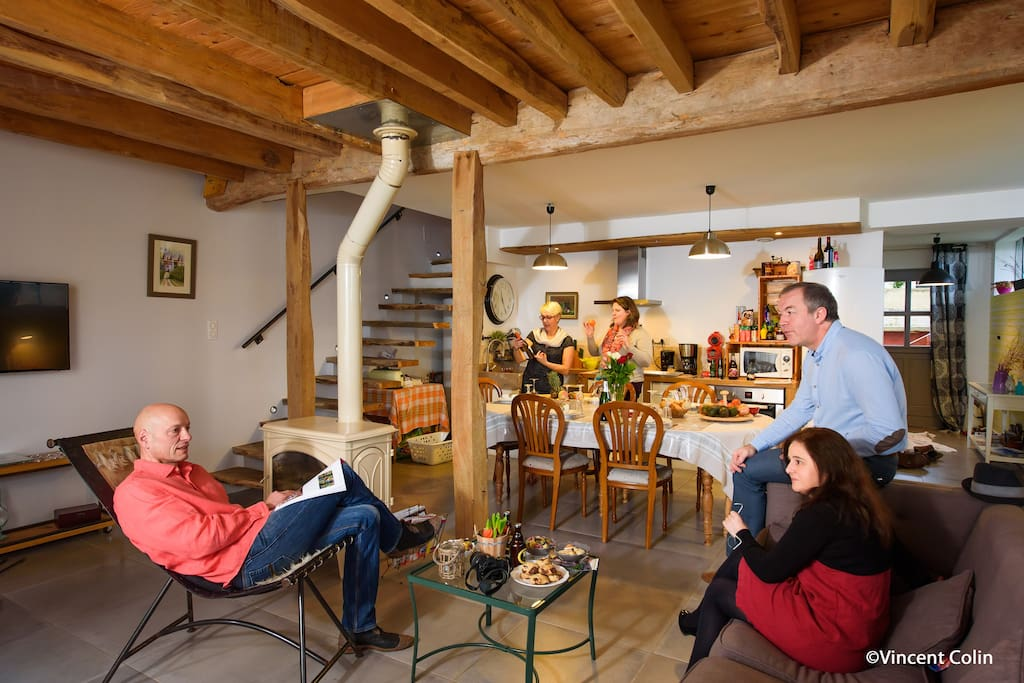 Entre amis ou en famille notre Gîte La Cressonnière vous accueille avec son espace bien-être : piscine, jacuzy, hammam, sauna et massage en Picardie dans l'Aisne (02) à 4km de Soissons et 1h de Paris