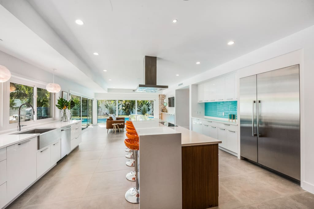 Designer Kitchen and Second Living Area with Pool View