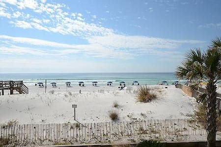 Island Sands 209  with Beach Service - Okaloosa Island