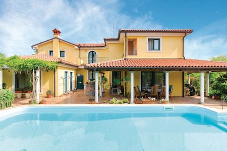 AP LAVANDA, green, relax, pool, sea - Kampel - Villa