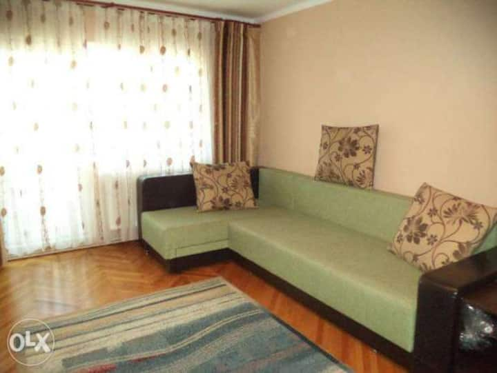 We offer for rental 2 rooms .
