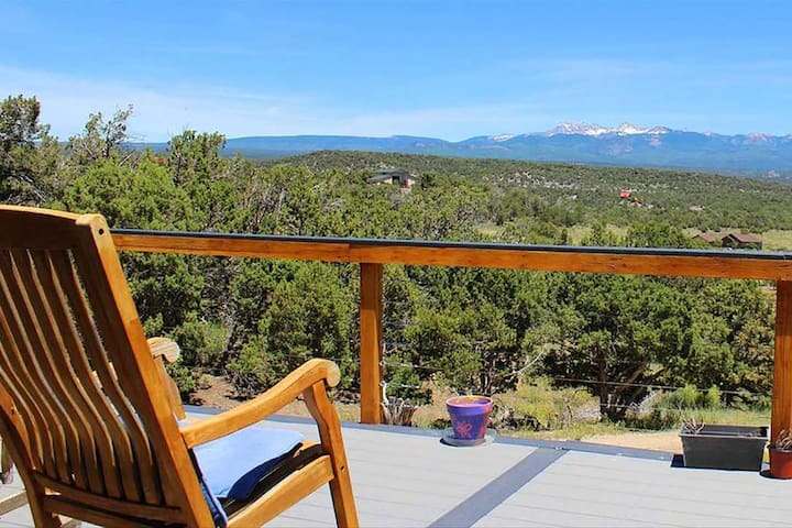 Entire House by Mesa Verde Peaceful Ranch Retreat