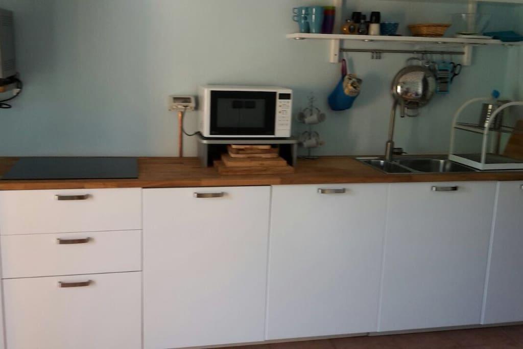 Cucina spaziosa e ben attrezzata