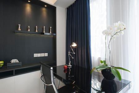 Jakarta Studio By Interior Designer - Cilandak - Apartament