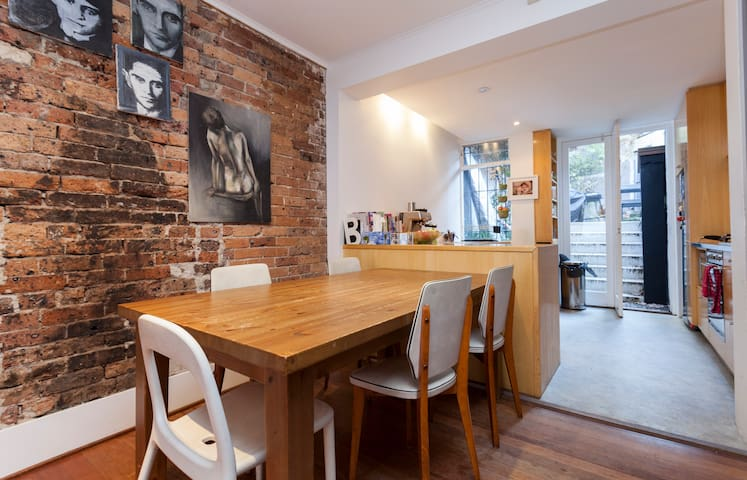 Terrace house in heart of Syndey - Darlinghurst - House