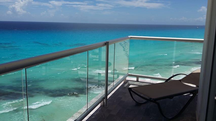 Oceanfront suite en inmejorable ubicación