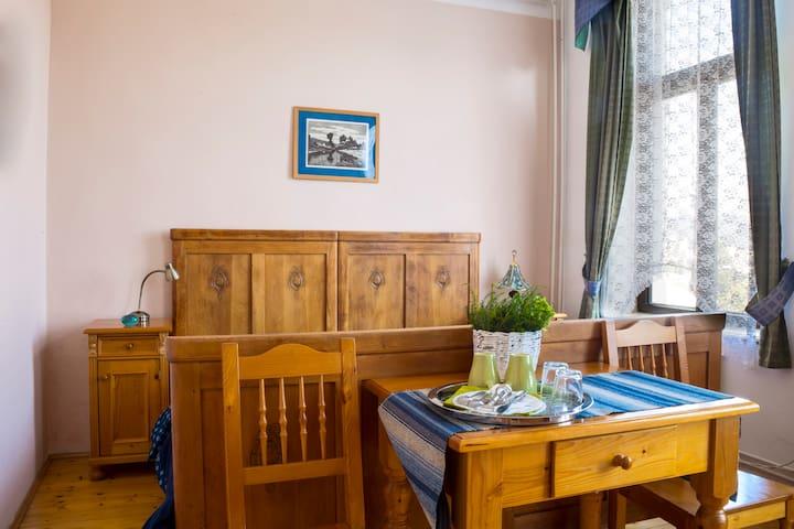 Rodinný Penzion Bazalka - Jablonec nad Nisou - Bed & Breakfast