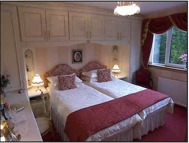 The Robert Room - Linlithgow - Bed & Breakfast