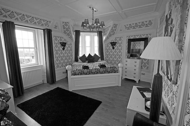 The Victoria House B&B, Crieff