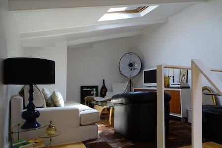 APARTAMENTO ÁTICO - Apartment
