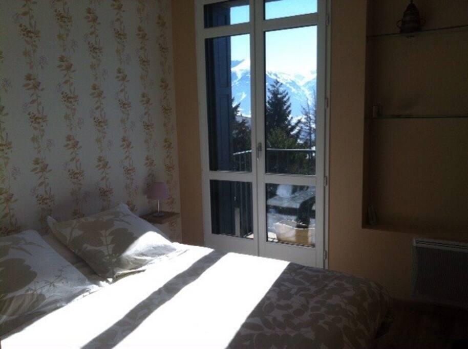 luxueux t4 plein centre belle vue appartements louer font romeu odeillo via languedoc. Black Bedroom Furniture Sets. Home Design Ideas