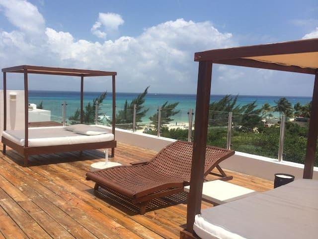 Beachfront Apart Playa del Carmen