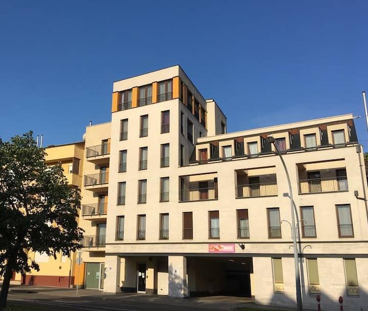 Geri Apartman Miskolc-fiatalos lakás a belvárosban