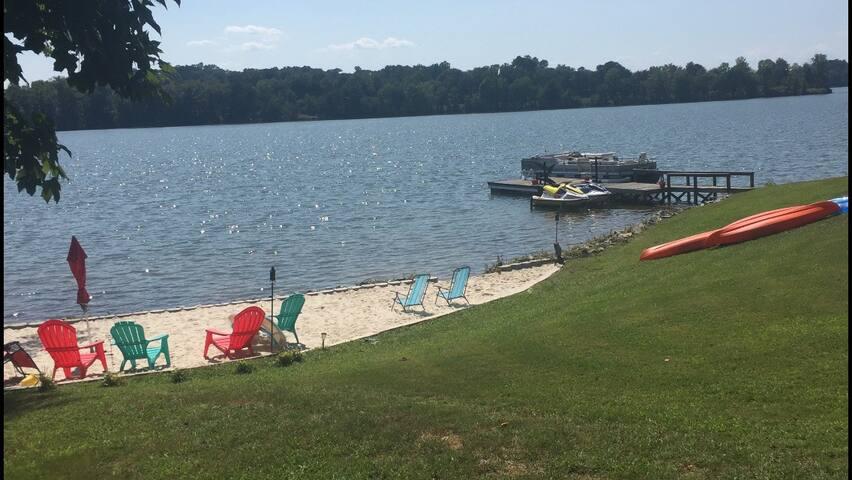 Lake Life!  Lake Bowen near Spartanburg/Tryon/TIEC