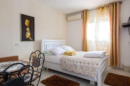 Hotel California - Tiberias
