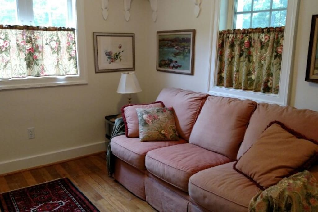 Sitting room by day