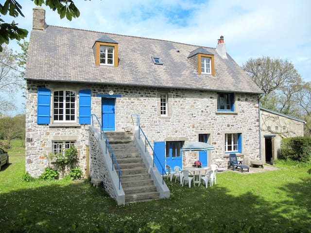 Holiday home in Le Vretot for 6 persons