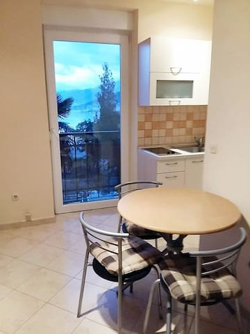 Cute apartment with panoramic view - Opatija - Apartmen