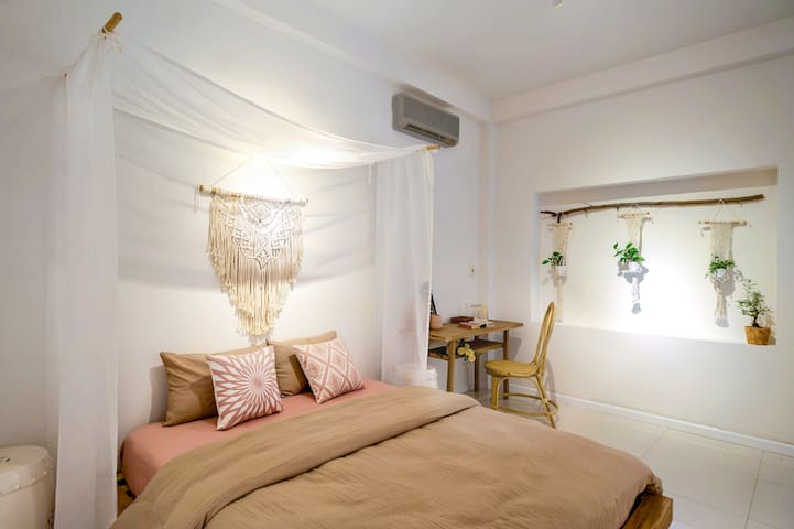 **AYA Homestay-AYATE ROOM-HEART of HCM-District 1