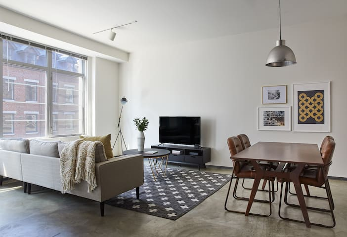 Bright 2BR in South End by Sonder