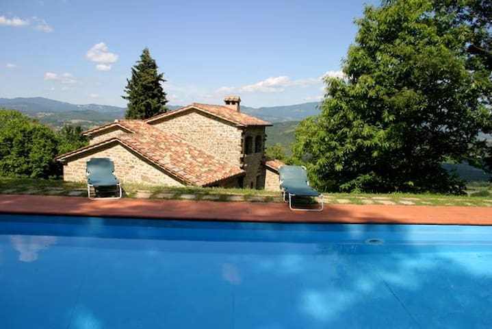 beautiful  Tuscan villa with pool - Caroni san cristofaro Caprese Michelangelo - Apartemen