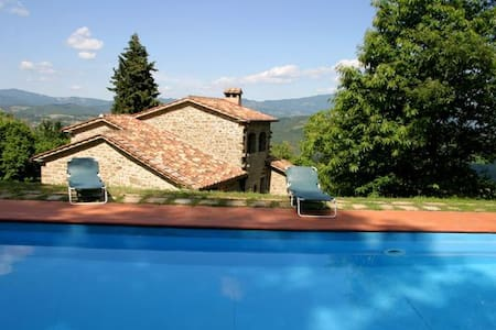 beautiful  Tuscan villa with pool - Caroni san cristofaro Caprese Michelangelo