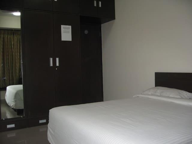 Apartment In Goregaon (E) Mumbai - Mumbai - Appartamento