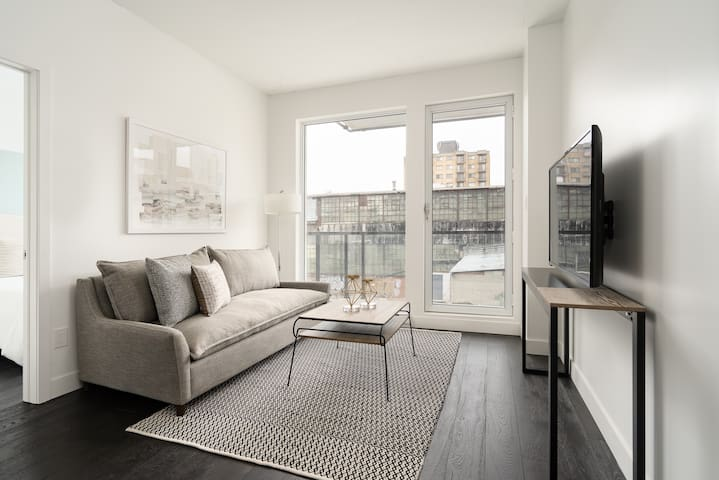 Sonder | The Richmond | Elegant 2BR + Balcony
