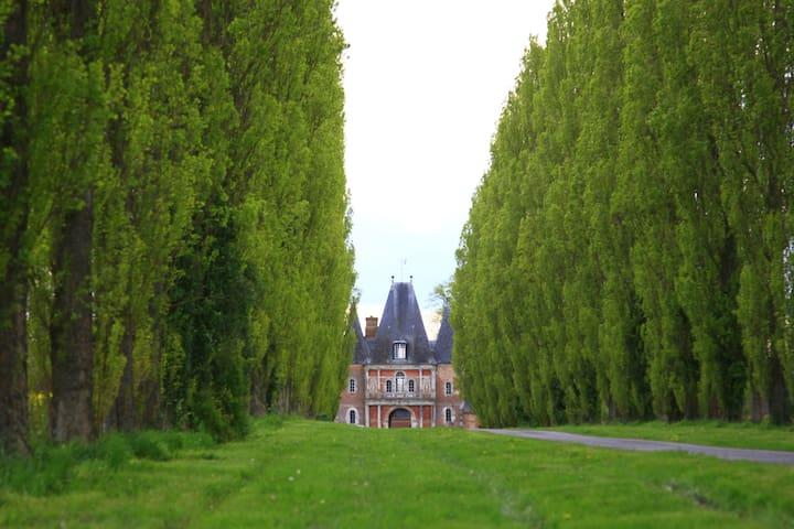 Gîte du château de Bonnemare - Radepont - Bed & Breakfast