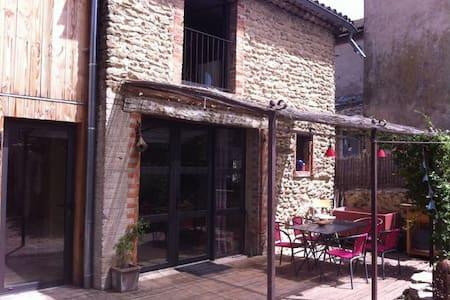 maison de village avec jardin - Upie - บ้าน