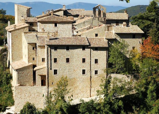 Casa Giada, Acera, rustico in montagna - Acera - Daire