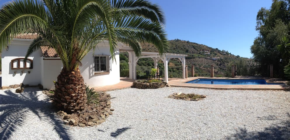 Andalucia, your holiday in the sun - Sayalonga - House