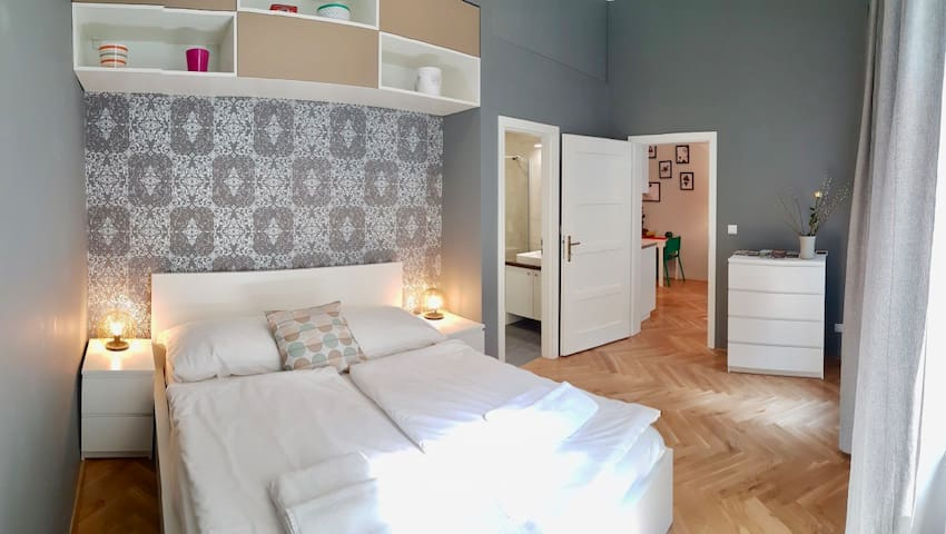 Amazing new 1 bedroom apt. in Prague centre