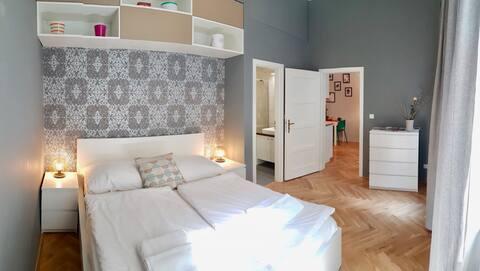Невероятно нов апартамент с 1 спалня в Прага център