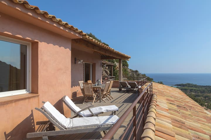 3 room Villa with view Palombaggia & wide terrasse