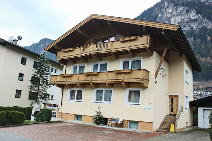 Spacious Holiday Home in Mayrhofen near Ski Area