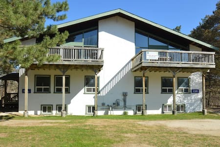 8 Bed Blue Mountain Chalet #13L
