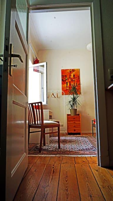 zimmer im univiertel in guter lage wohnungen zur miete in rostock mecklenburg vorpommern. Black Bedroom Furniture Sets. Home Design Ideas